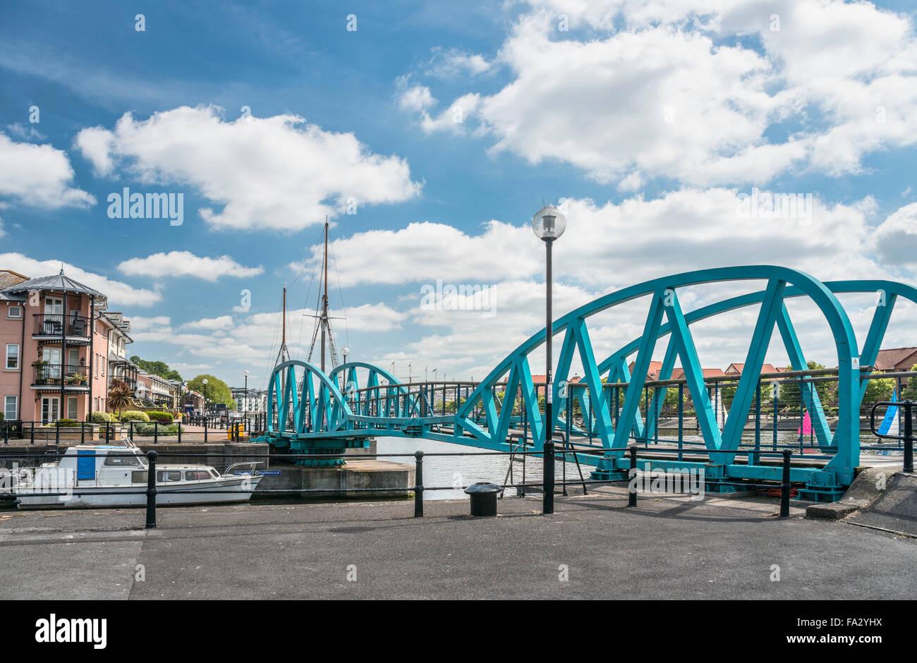 Verrouillage à la jonction pont port flottant, Bristol, Somerset, England, UK Banque D'Images