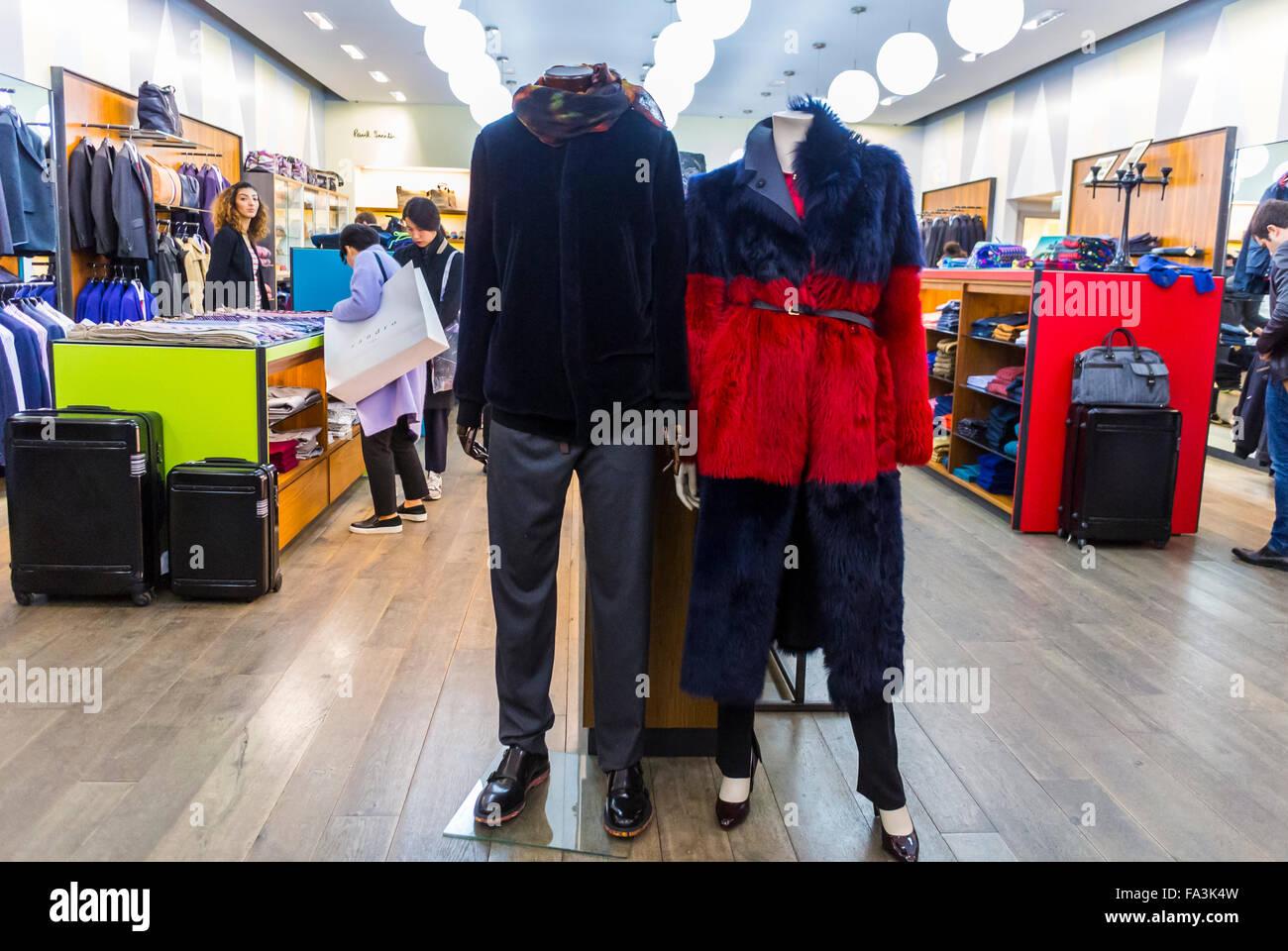 marne la vallée shop photos & marne la vallée shop images - alamy