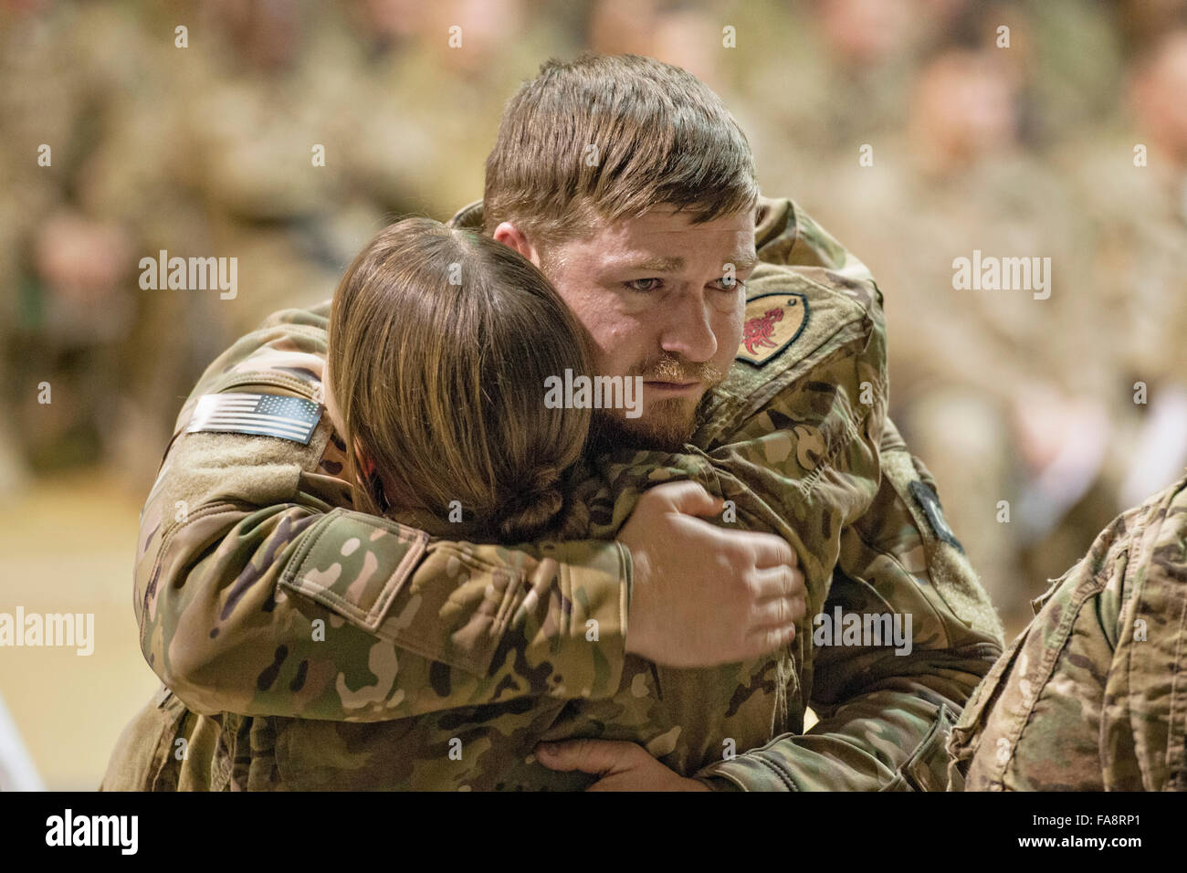 Bagram, en Afghanistan. Dec 23, 2015. Les membres du service des États-Unis visent, selon qu'ils paient Photo Stock