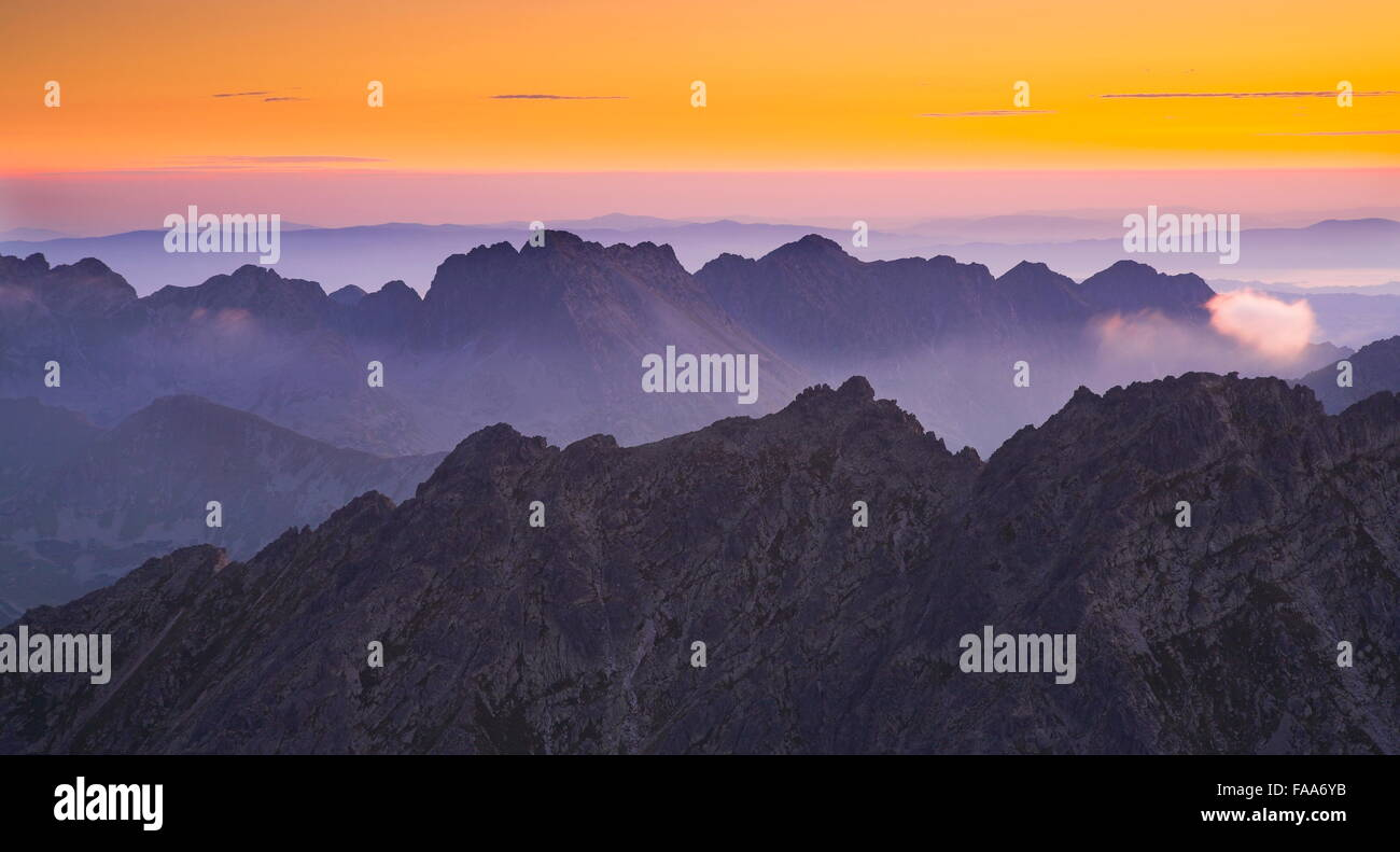 Voir à surise de Krywan peak, Slovaquie Photo Stock