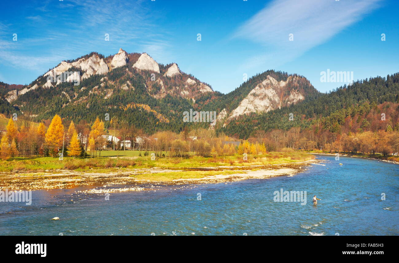 Montagnes Pieniny - rivière Dunajec et Trzy Korony Peak, Pologne Photo Stock
