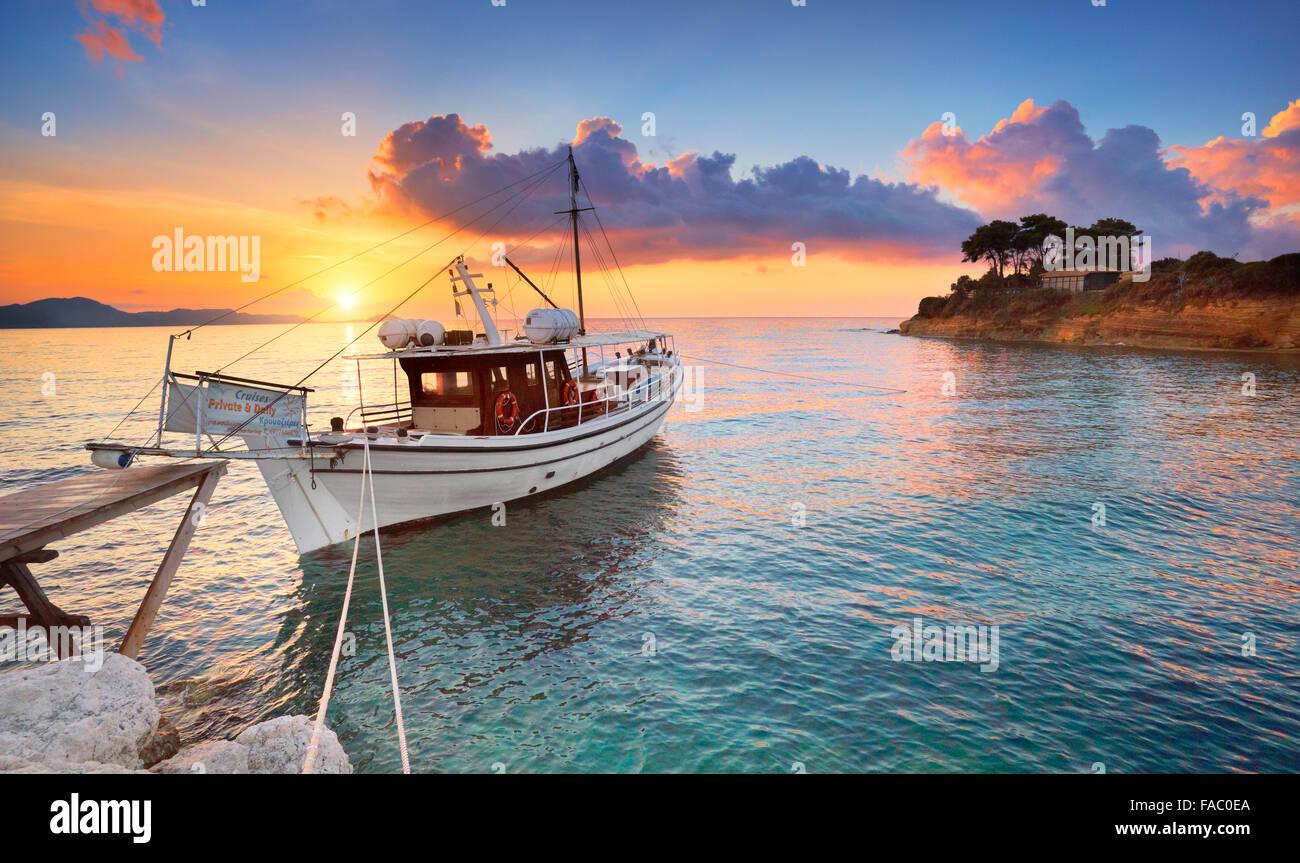 Lever du soleil sur la baie de Laganas, l'île de Zakynthos, Grèce Photo Stock