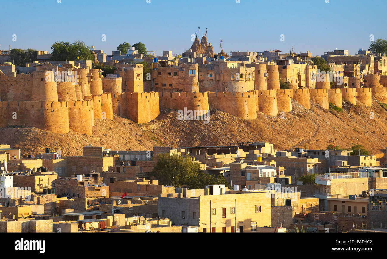 Vue panoramique des toits de Fort Jaisalmer, Jaisalmer, Rajasthan, India Photo Stock