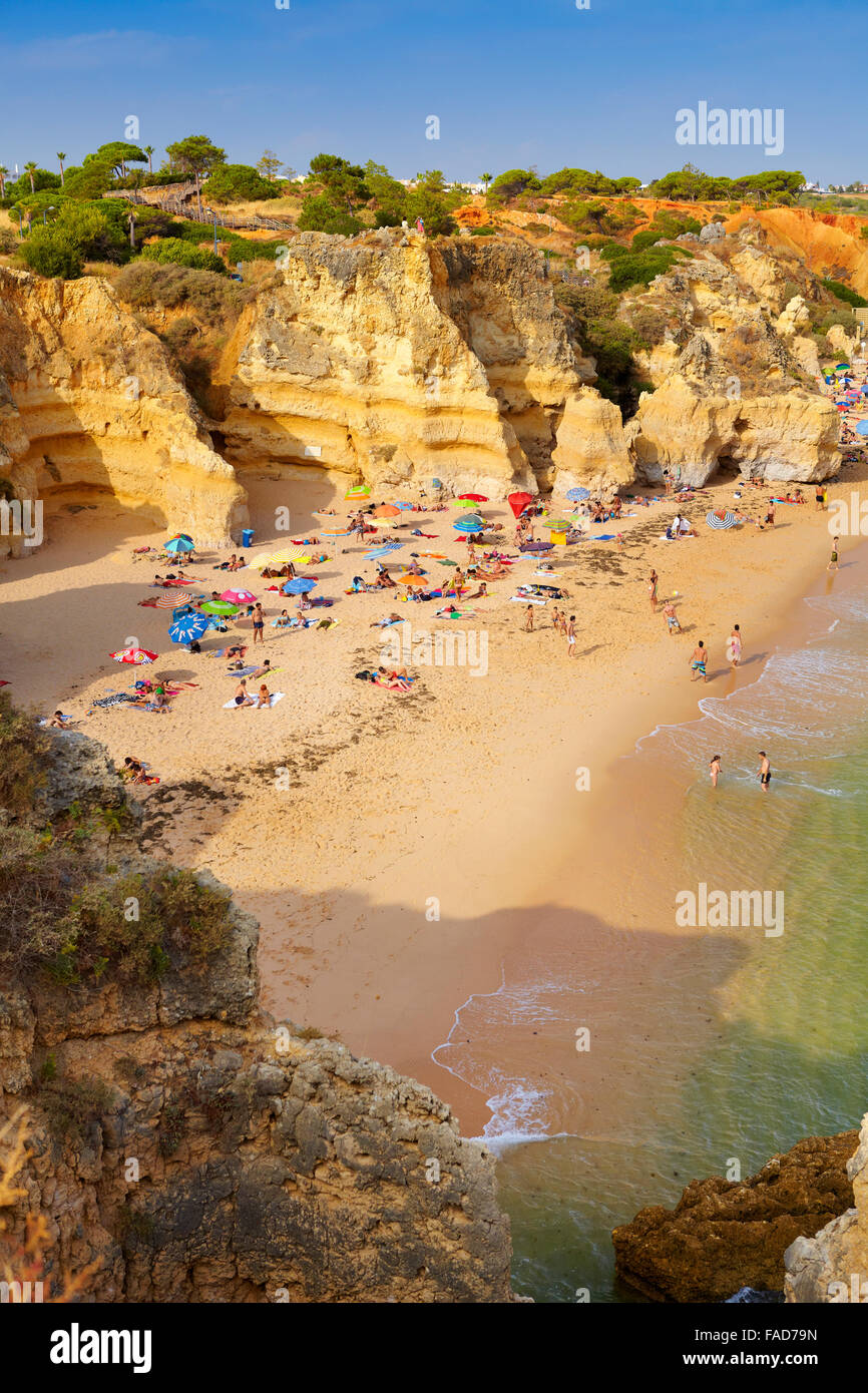 Plage de l'Algarve près de Albufeira, Portugal Photo Stock