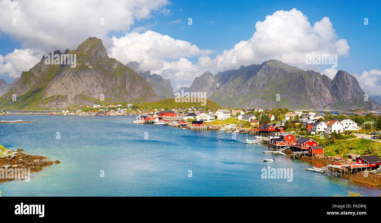 Les îles Lofoten, village de reine à Moskenes, Norvège Photo Stock