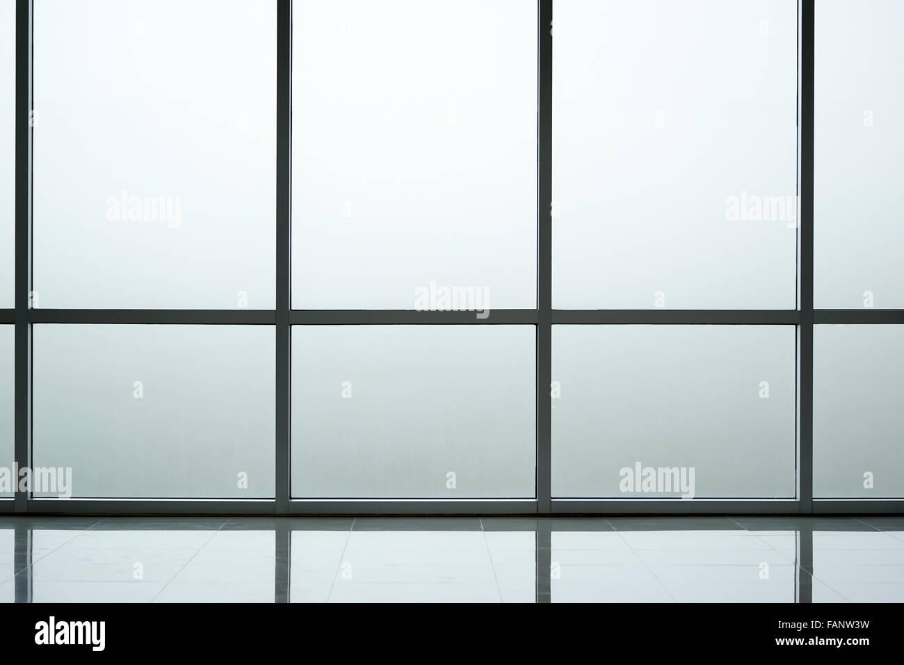 Mur intérieur en verre dépoli arrière plan d immeuble de bureaux