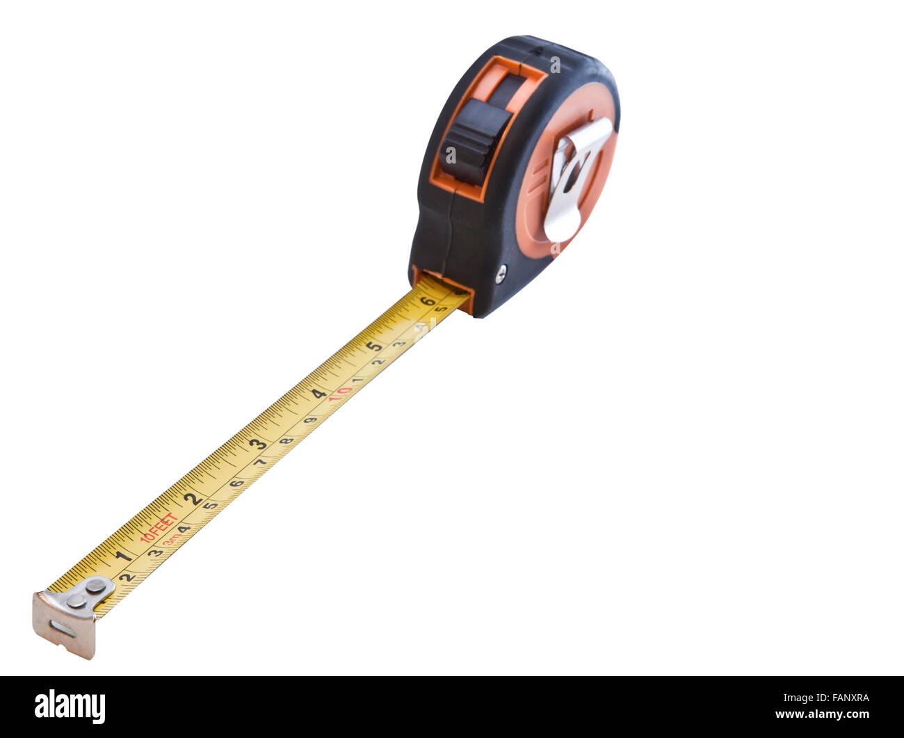 Orange et mesure de bande en acier rétractable jaune isolé sur fond blanc Photo Stock
