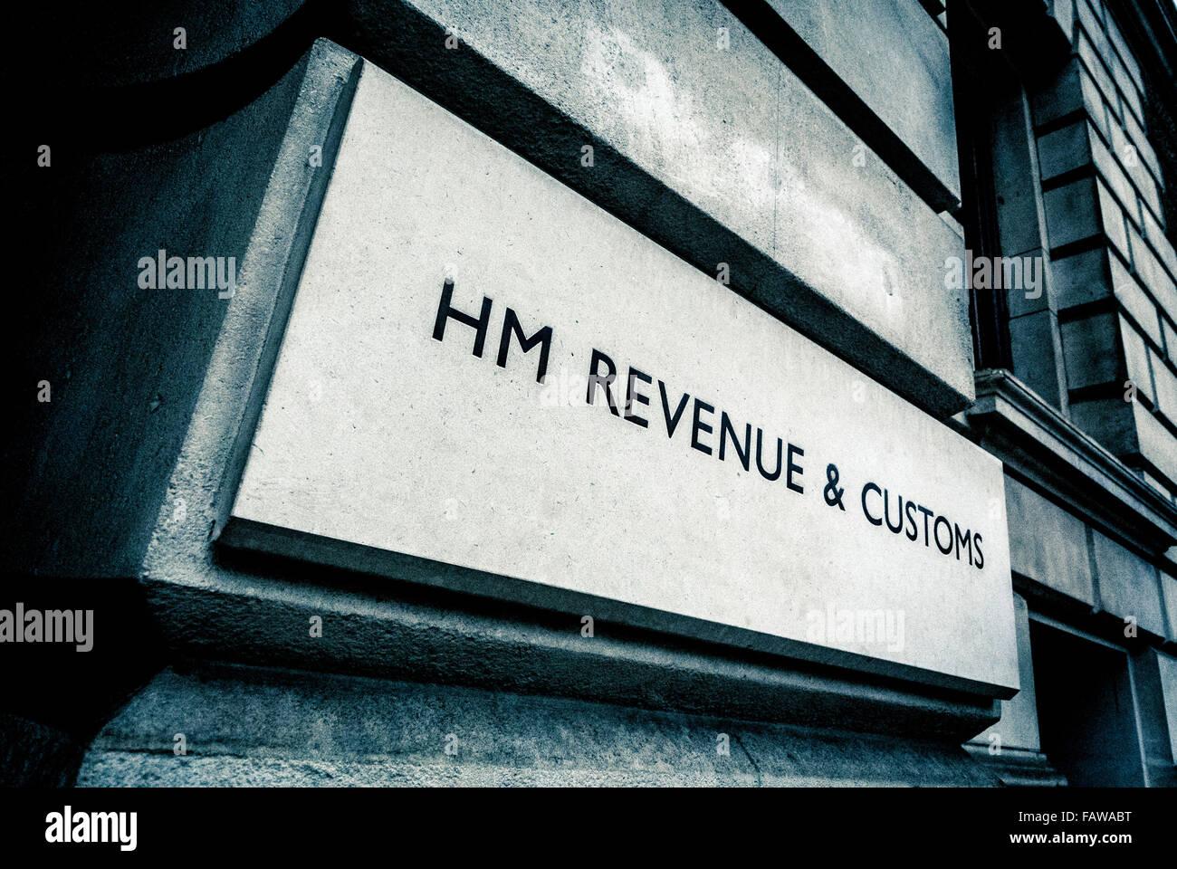 HM Revenue and Customs, signe sur des capacités dans Whitehall, Londres, Royaume-Uni. Photo Stock
