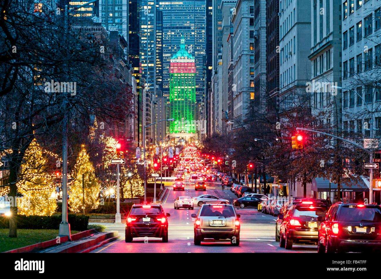 New York New York Rues Park Avenue New York Décorations de Noël le ...