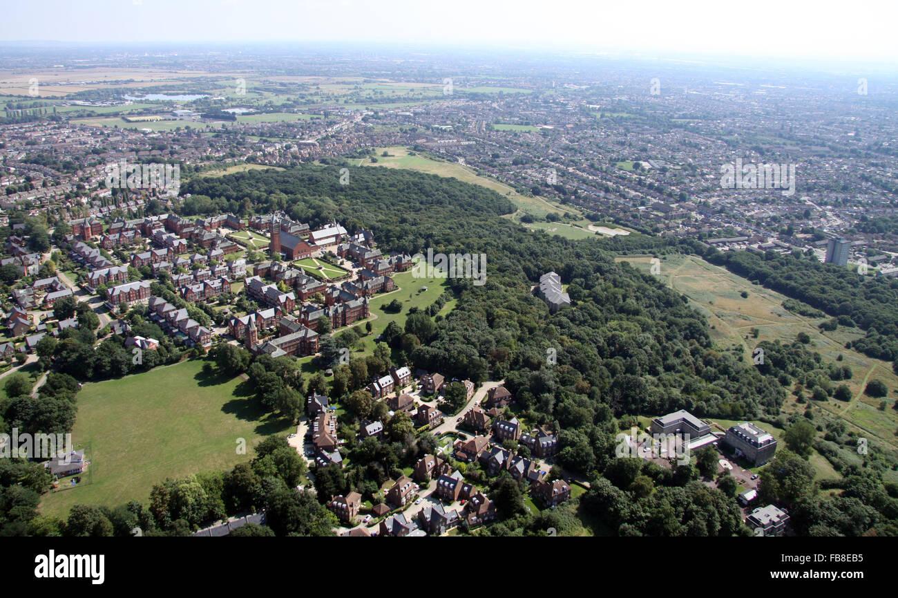 Vue aérienne de Repton, loisirs Virgin Active Park & Claybury Park, Woodford Green, Essex, UK Banque D'Images
