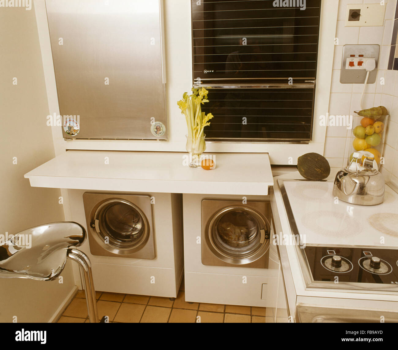 retro washing machine photos retro washing machine images alamy. Black Bedroom Furniture Sets. Home Design Ideas