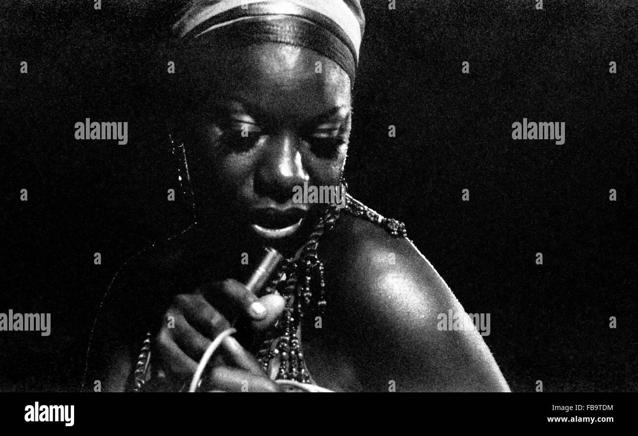 Nina Simone: une chanteuse de talent, compositeur et pianiste. - 1969 - Algérie / Alger - Nina Simone: Photo Stock