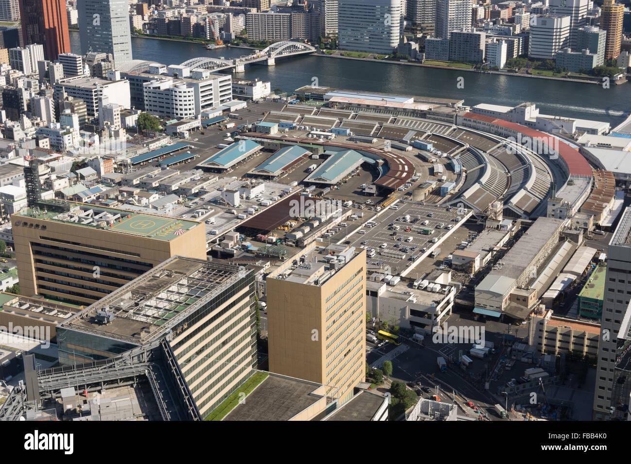 Vue aérienne du marché aux poissons de Tsukiji, Tokyo Banque D'Images