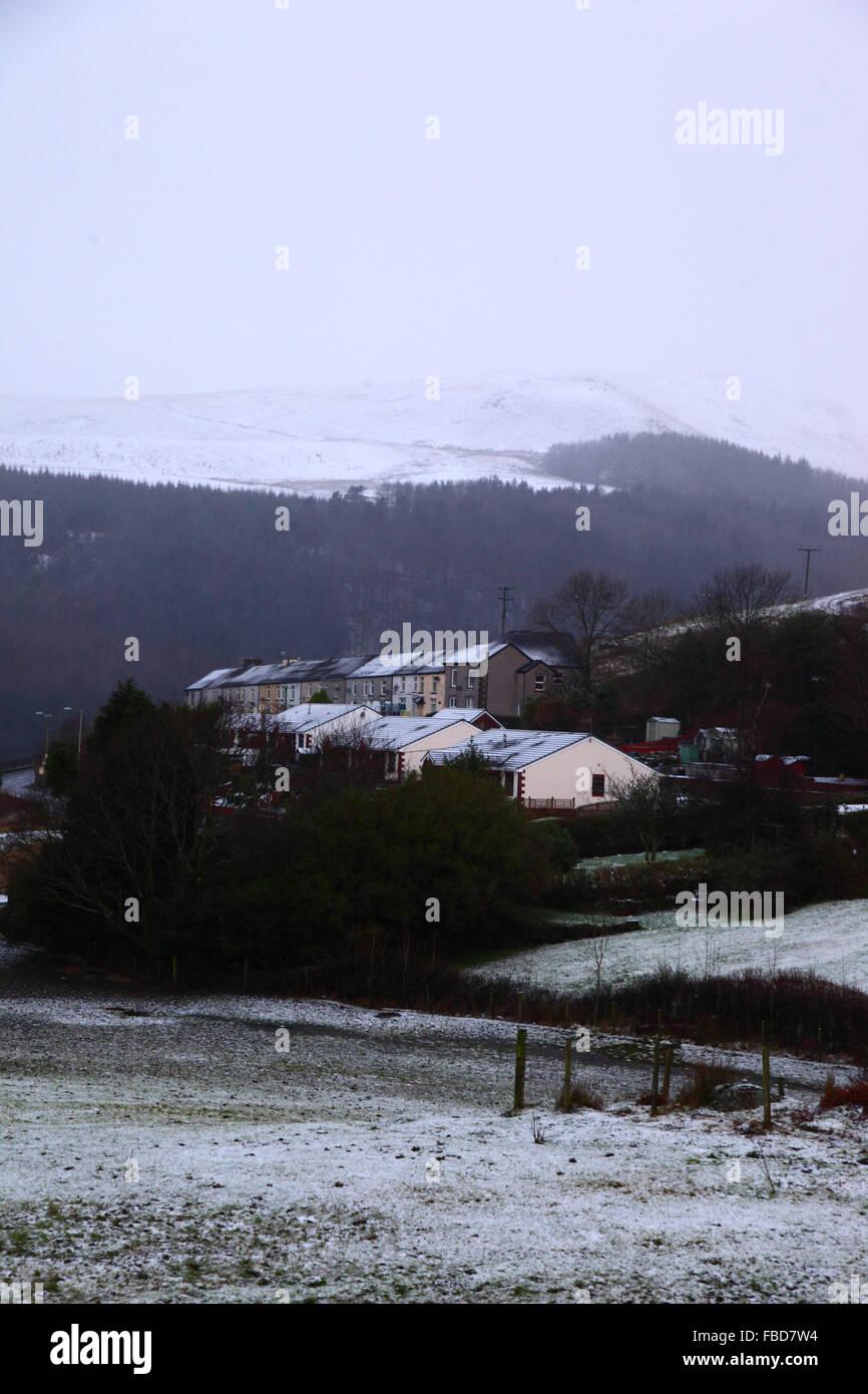 Nant y Moel, Mid Glamorgan, Pays de Galles du Sud. 15 Janvier 2016: vue sur le village de Nant y Moel dans la haute Banque D'Images