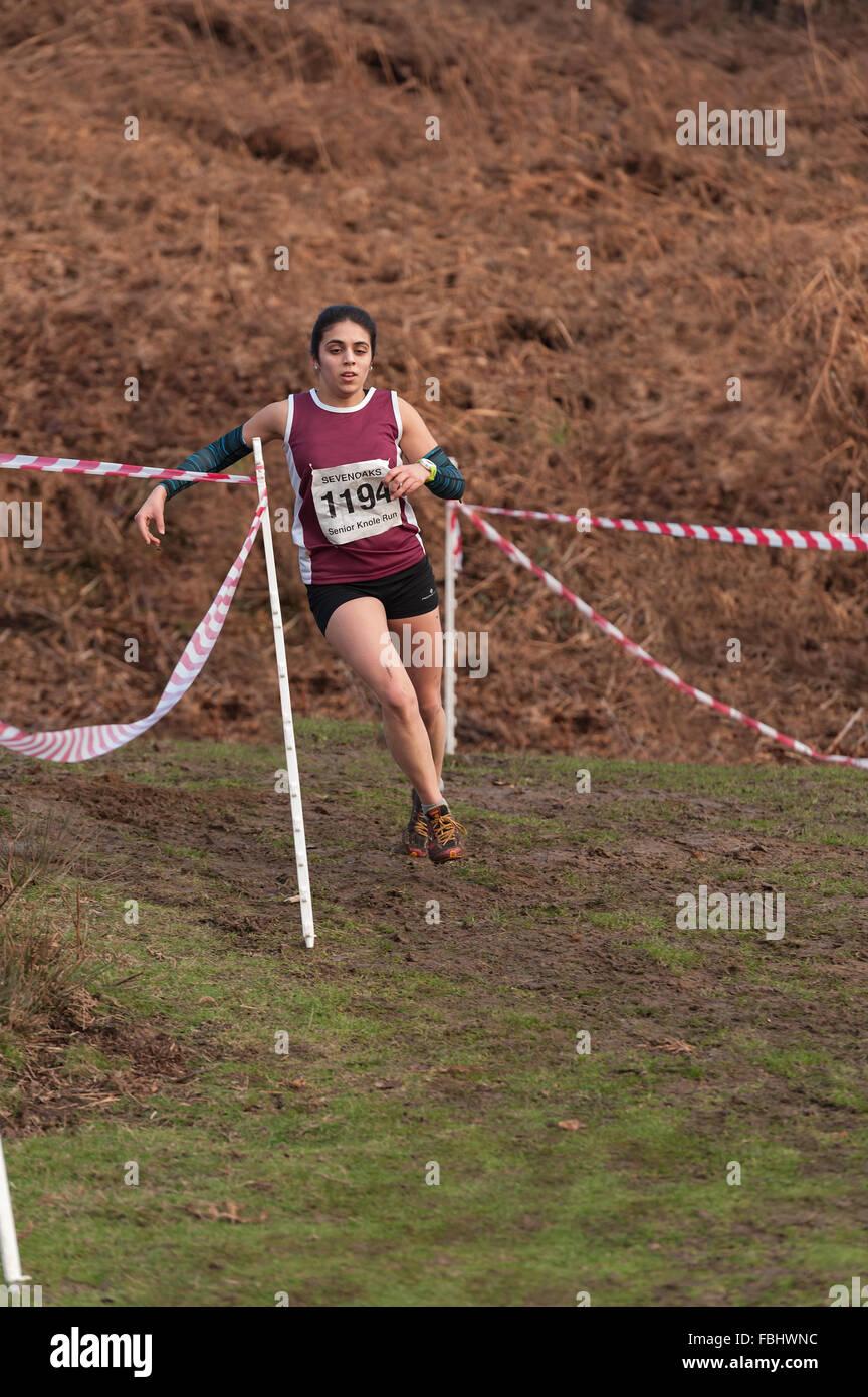 L'Assemblée Knole Run Sevenoaks School cross country mile run jeunes équipes en course d'endurance Photo Stock