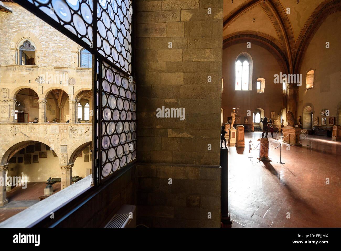 Florence. L'Italie. Cour intérieure et Salone di Donatello, Museo Nazionale del Bargello. Photo Stock