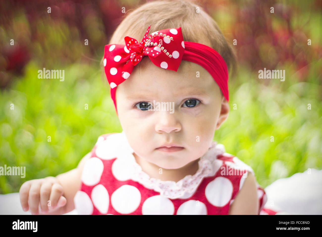Portrait Portrait d'un joli bébé fille Photo Stock