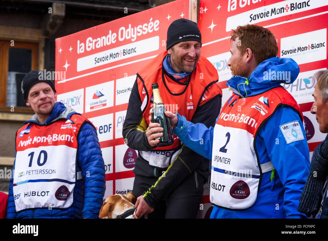 TERMIGNON, Vanoise, France - 20 janvier 2016 - Le podium Rémy COSTE le gagnant de la GRANDE ODYSSEE le plus Photo Stock