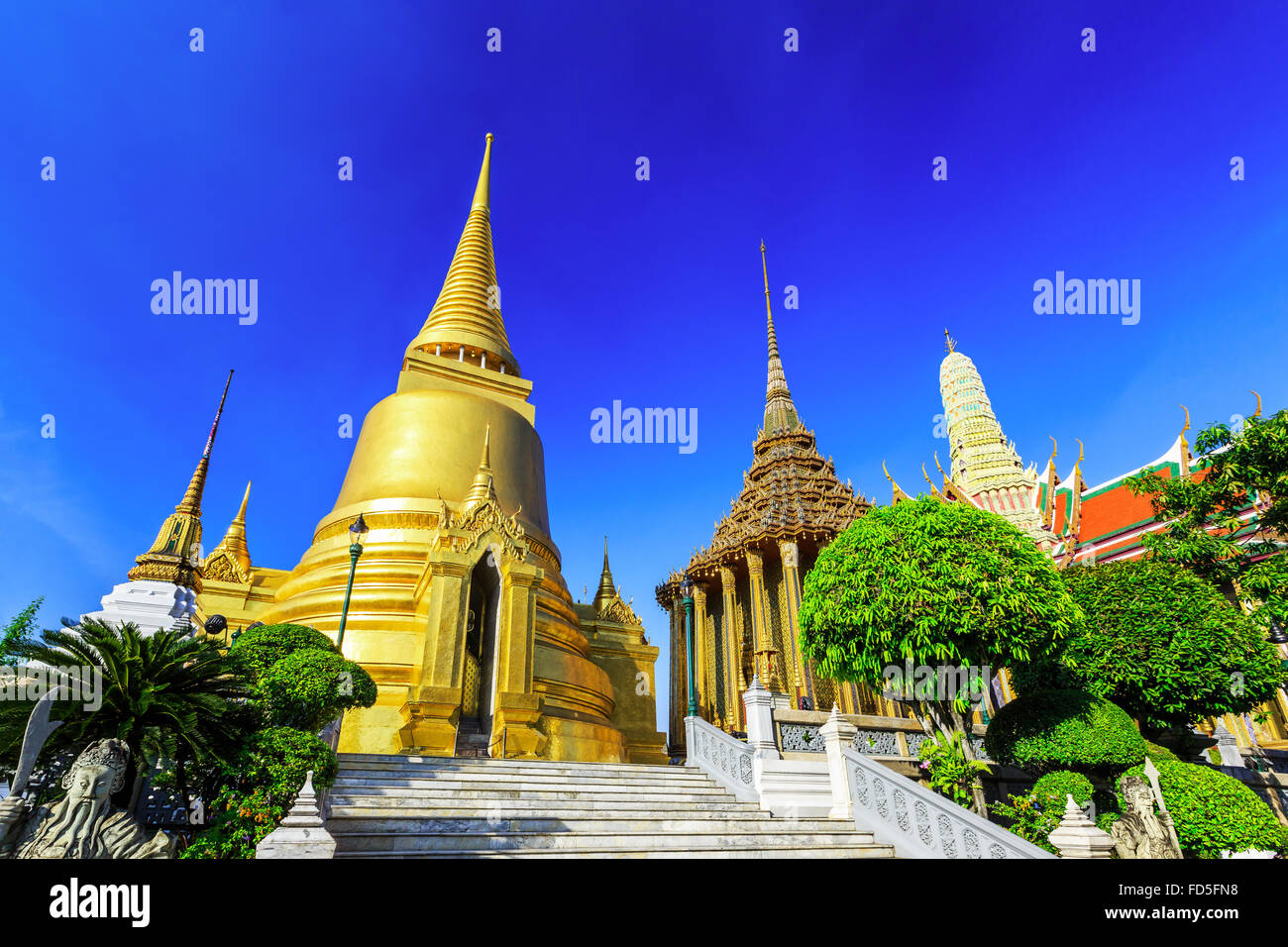Bangkok, Thaïlande. Wat Phra Kaew - le Temple de Bouddha d'Emeraude Photo Stock