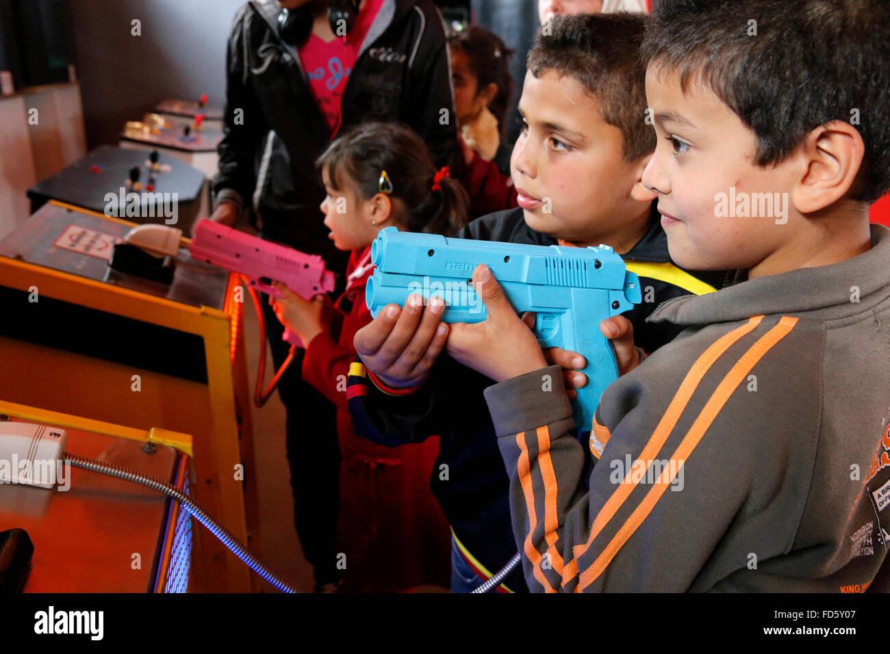 Salon de jeux vidéo. Photo Stock