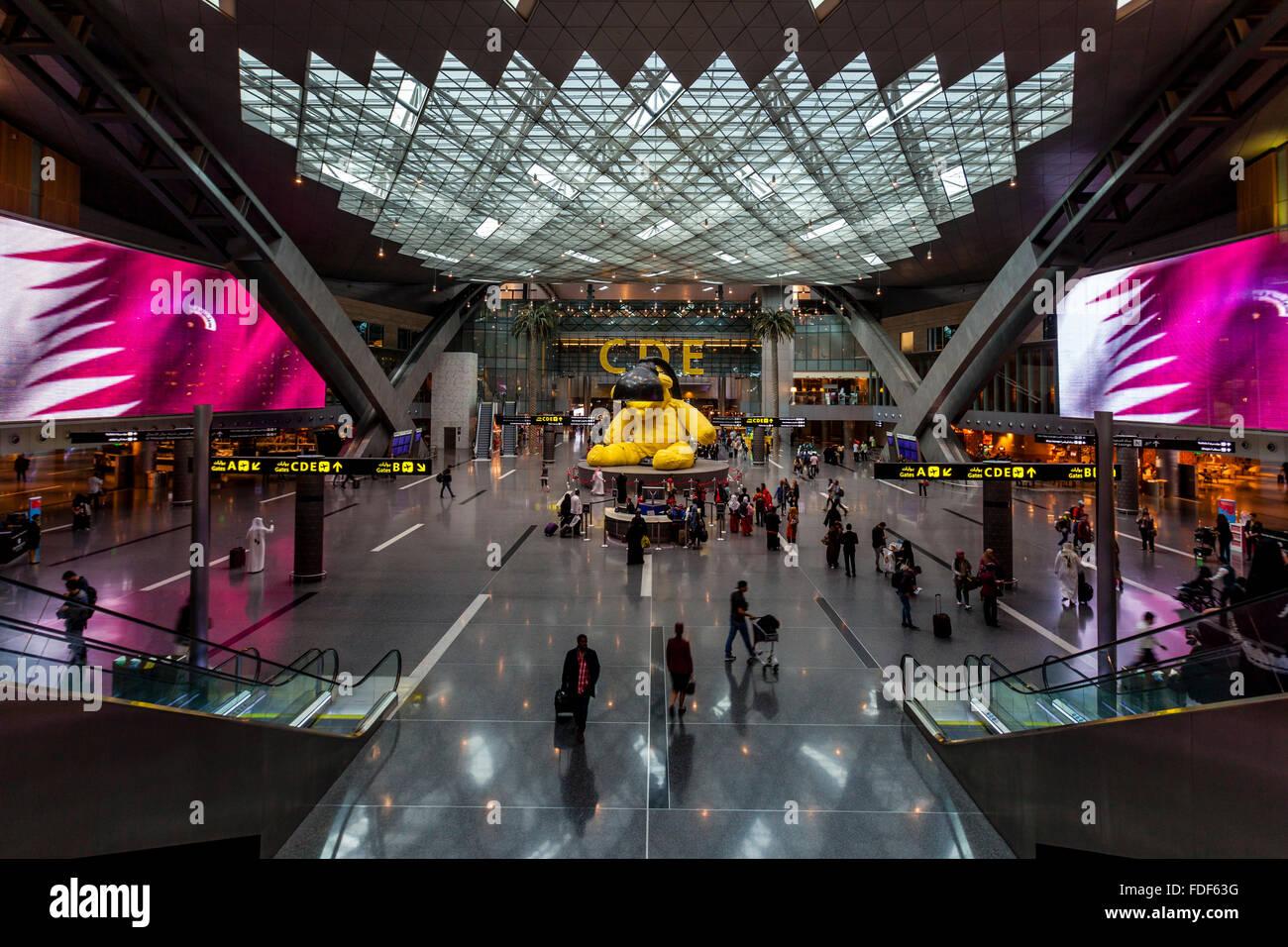 La salle d'embarquement, l'Aéroport International Hamad, Doha, Qatar Banque D'Images