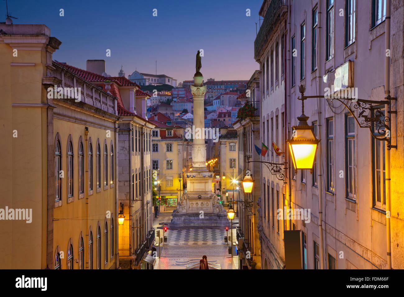 Lisbonne. Image de Lisbonne, au Portugal pendant le crépuscule heure bleue. Banque D'Images