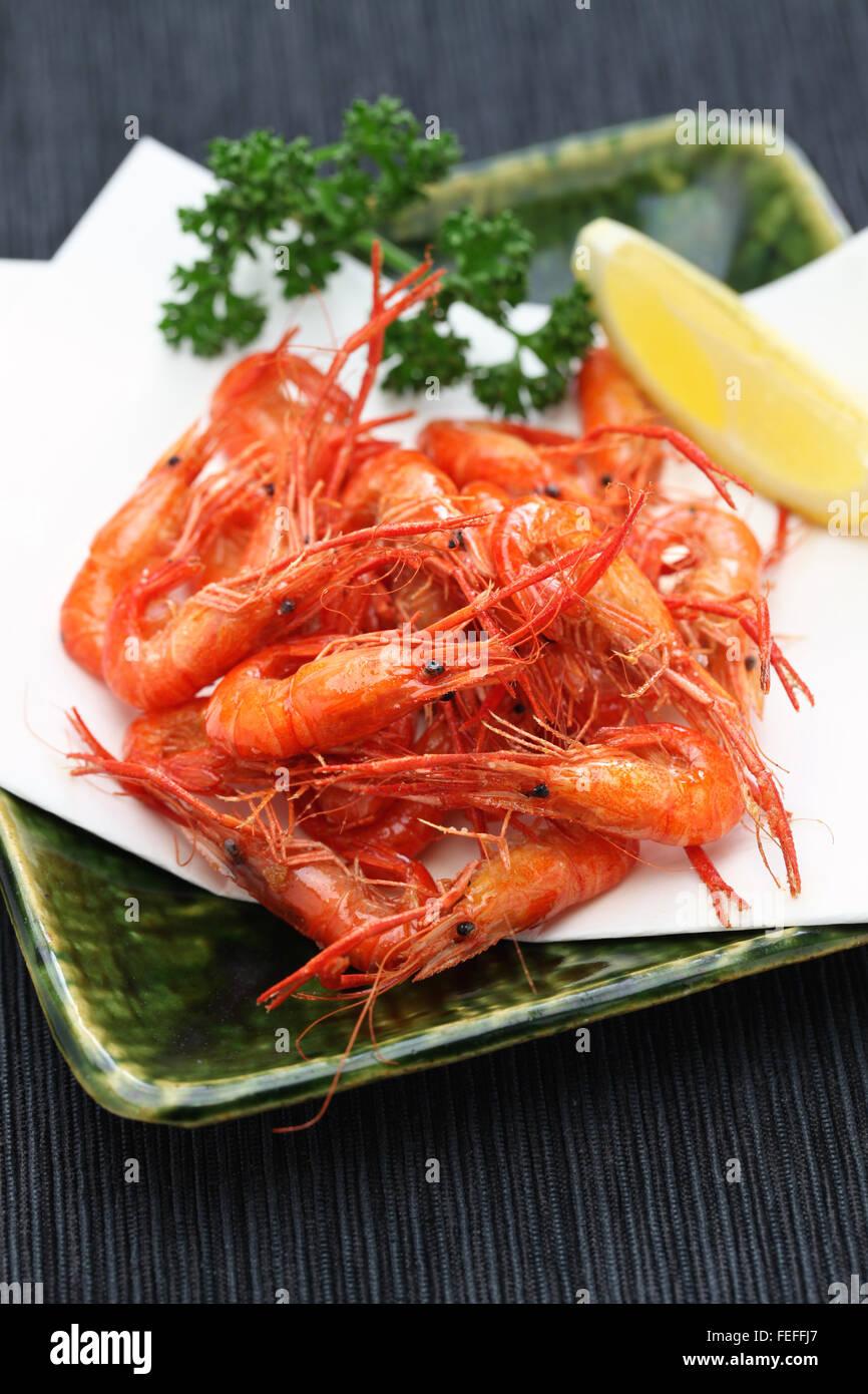 Les crevettes d'eau douce frite, pas kawaebi karaage, nourriture japonaise Photo Stock