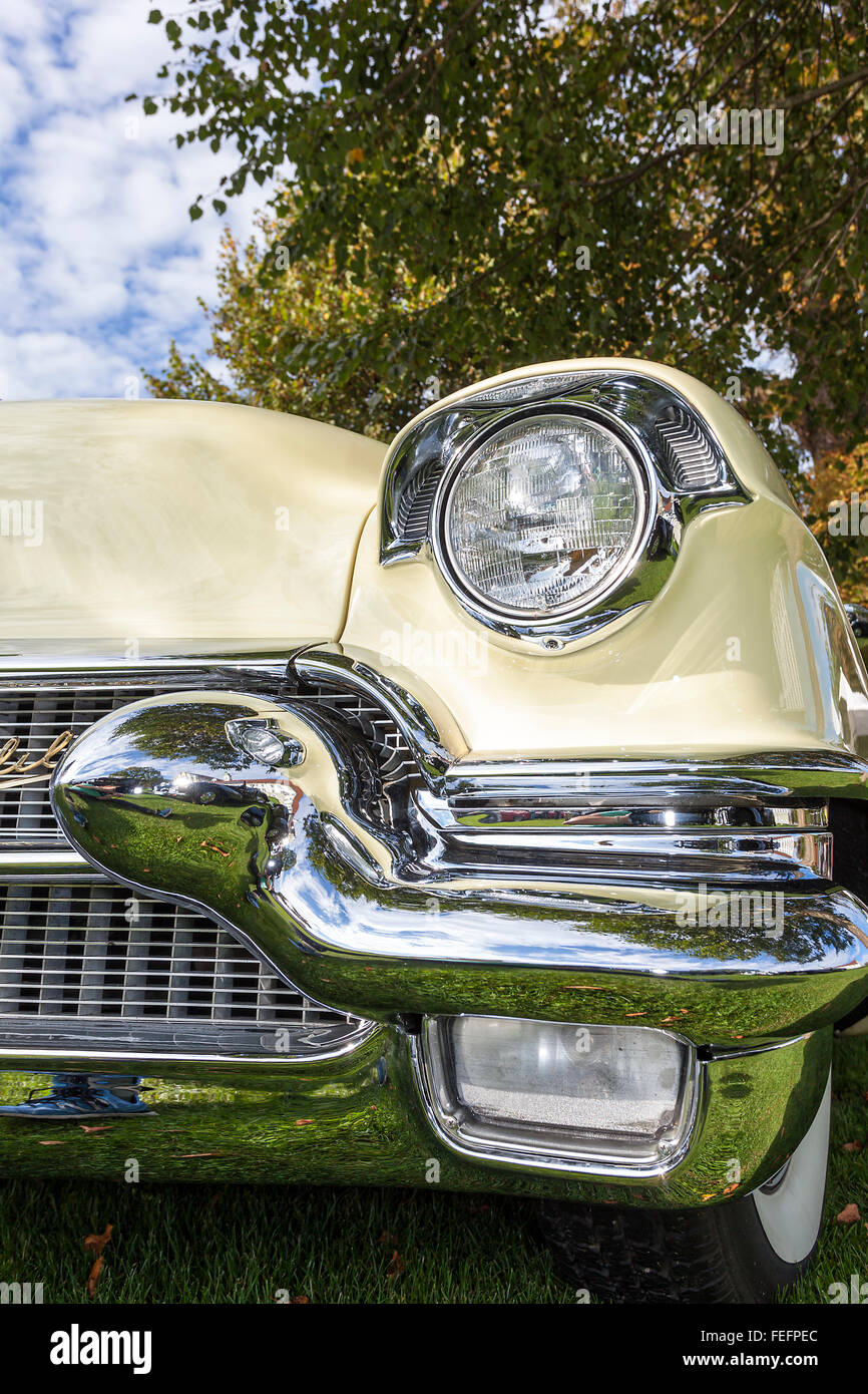 American Vintage car, close-up of front detail Banque D'Images