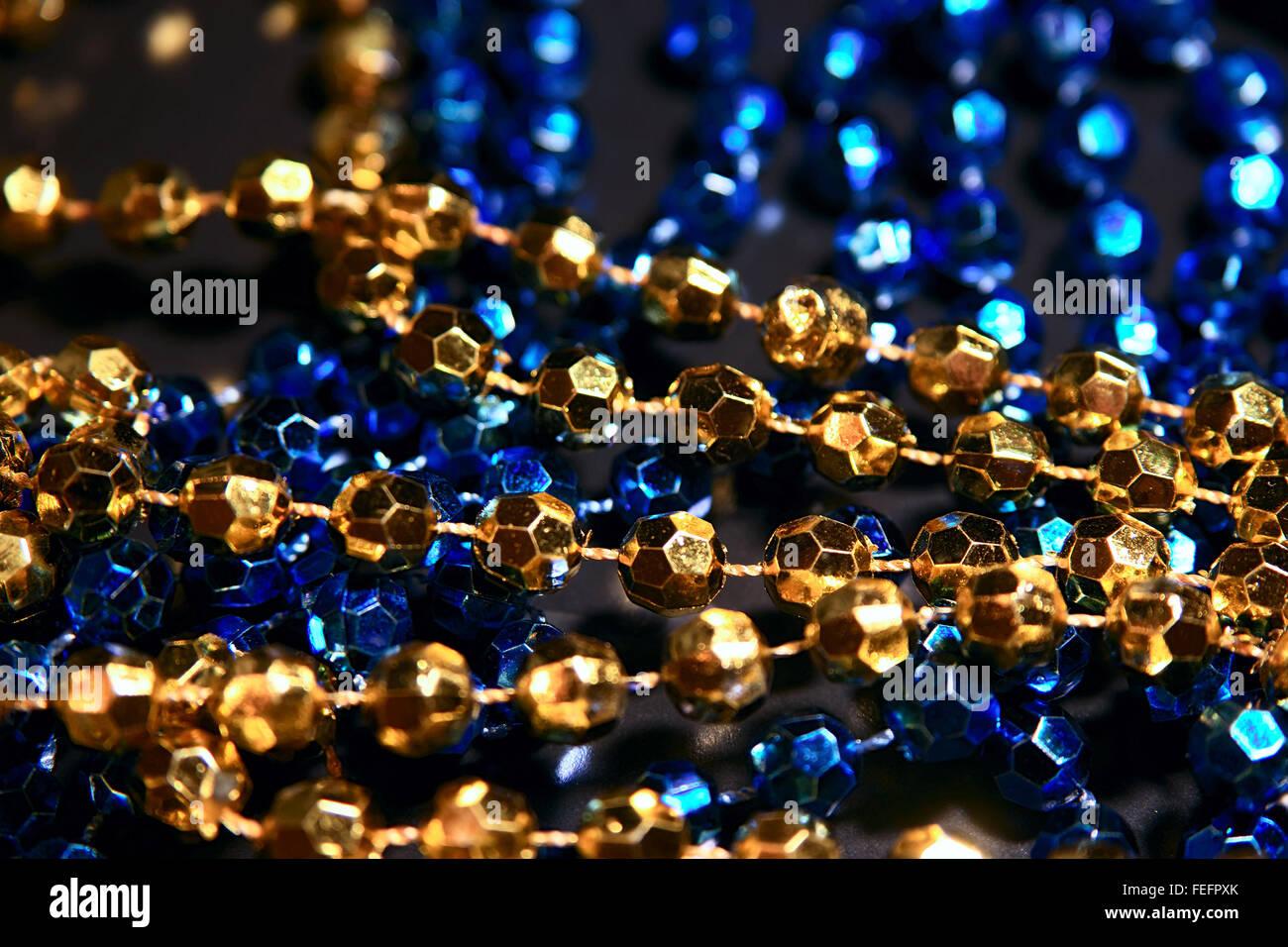 Vêtements de couleur bleue et or décorations, objets orientaux beeds Banque D'Images