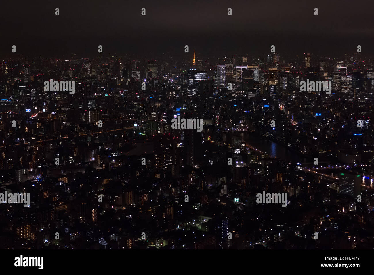 Tokyo, Japon, Asie. Vue panoramique de la ville la nuit à partir de Skytree tower. Paysage urbain d'Asie, Photo Stock