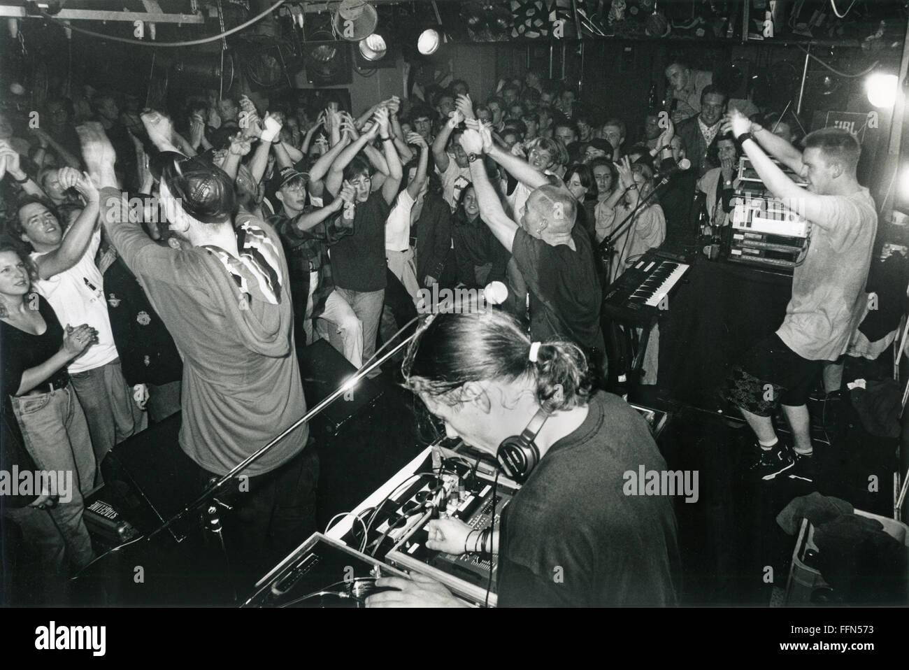 Les Quatre Fantastiques, groupe de musique allemand (rap, hip-hop ), live performance sur scène dans une discothèque Photo Stock