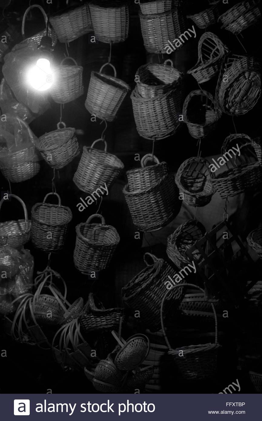 35mm assorties paniers corbeilles à suspendre canne numérisée Photo Stock