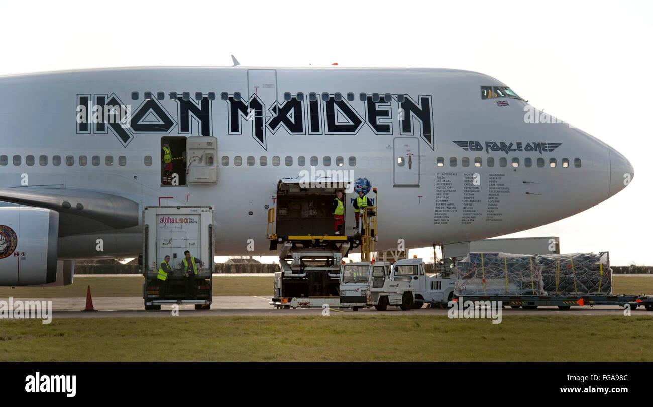 cardiff, royaume-uni. 18 février, 2016. ed force one - le boeing 747