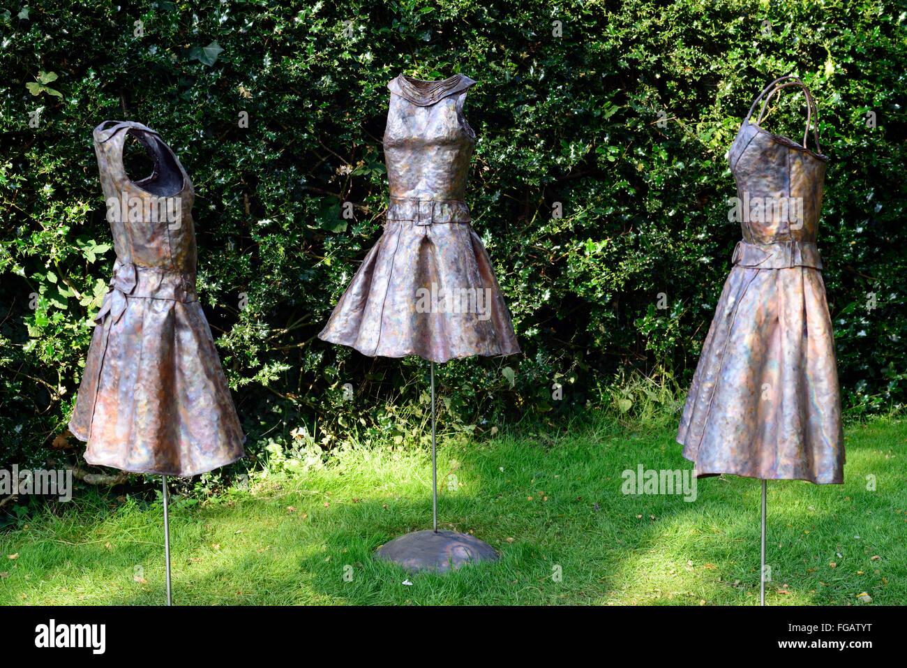 Ation de tissu Helen Walsh la sculpture dans le contexte d'exposition exposition d'art de Dublin Jardins Photo Stock