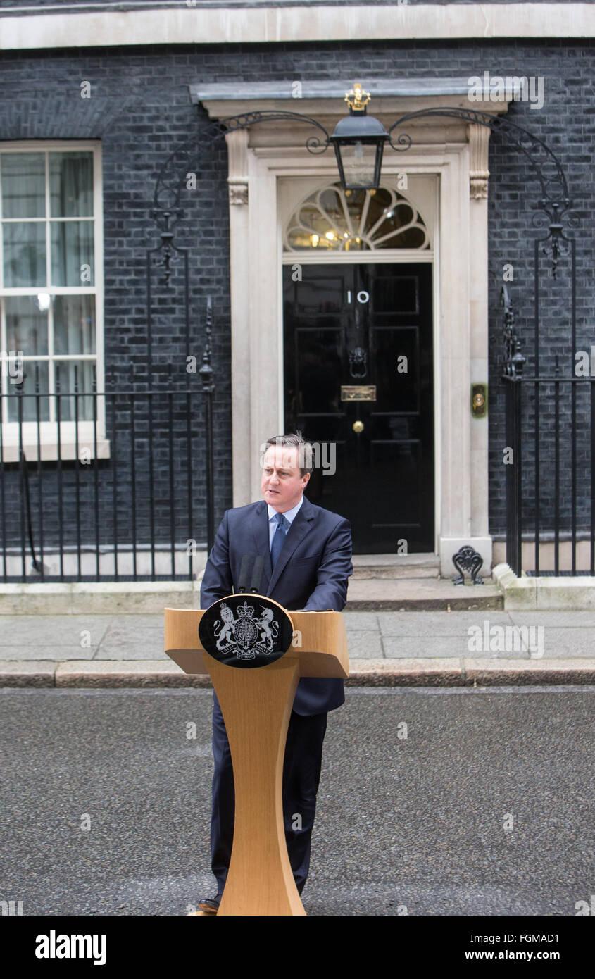 Le premier ministre, David Cameron, fait une déclaration à Downing Street sur le référendum Photo Stock