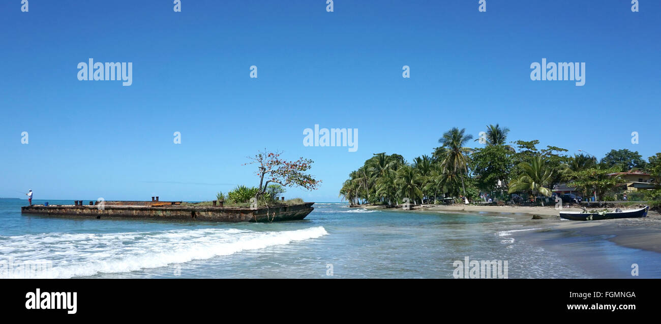 Épave et la plage de Puerto Viejo Limon Costa Rica Photo Stock