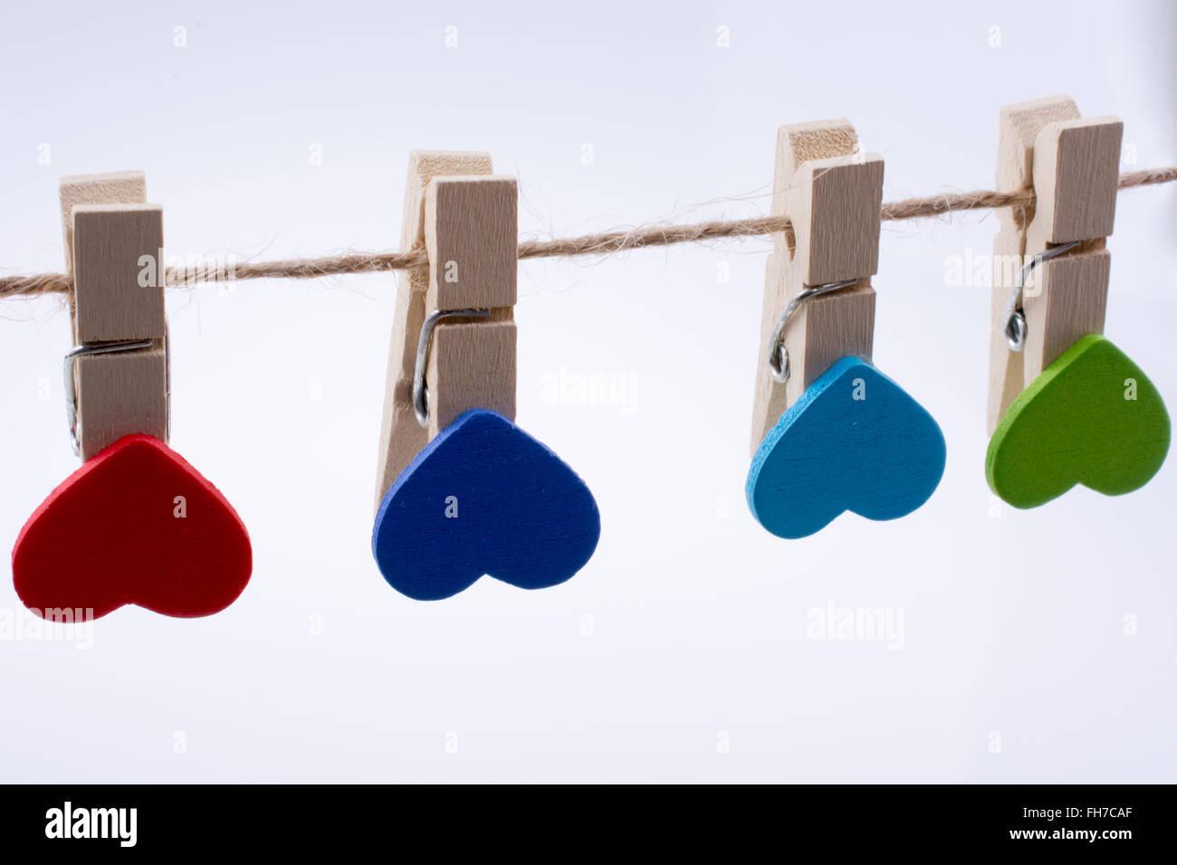 Coeurs colorés sur les clips Photo Stock