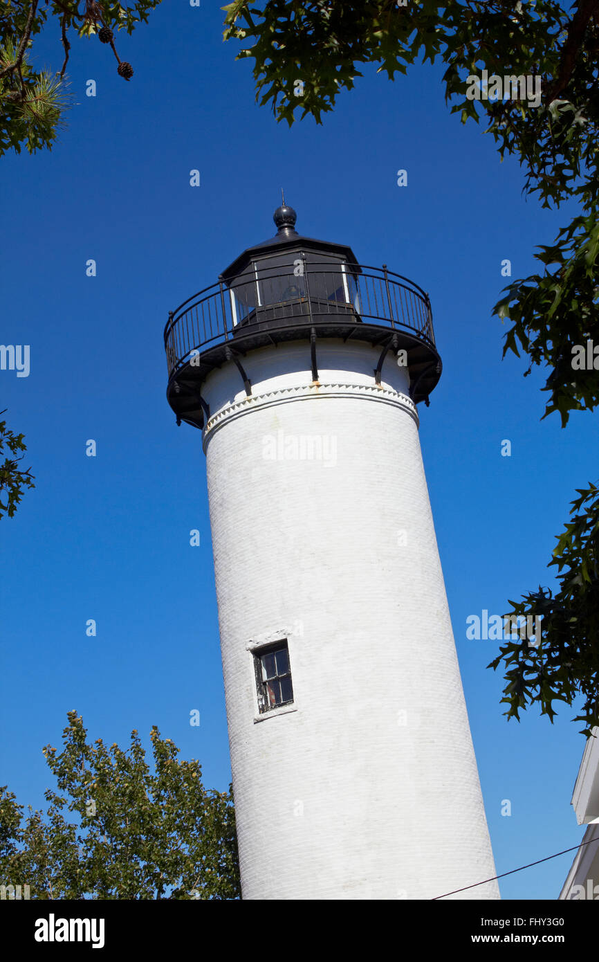 Phare blanc sur Marther's Vineyard Banque D'Images