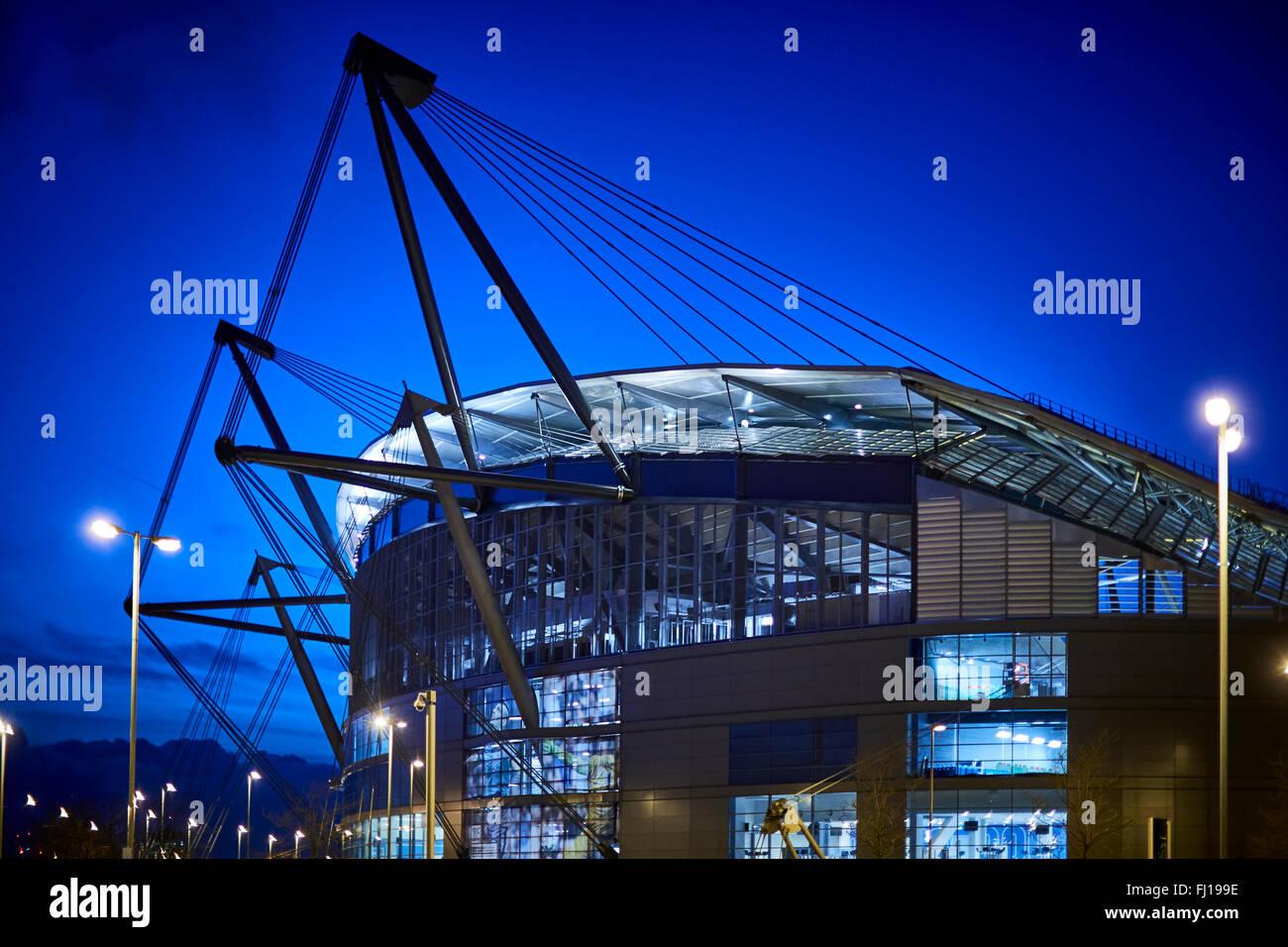 La ville de Manchester Stadium de Manchester, Angleterre, également connu sous le nom de Etihad Stadium, est Photo Stock