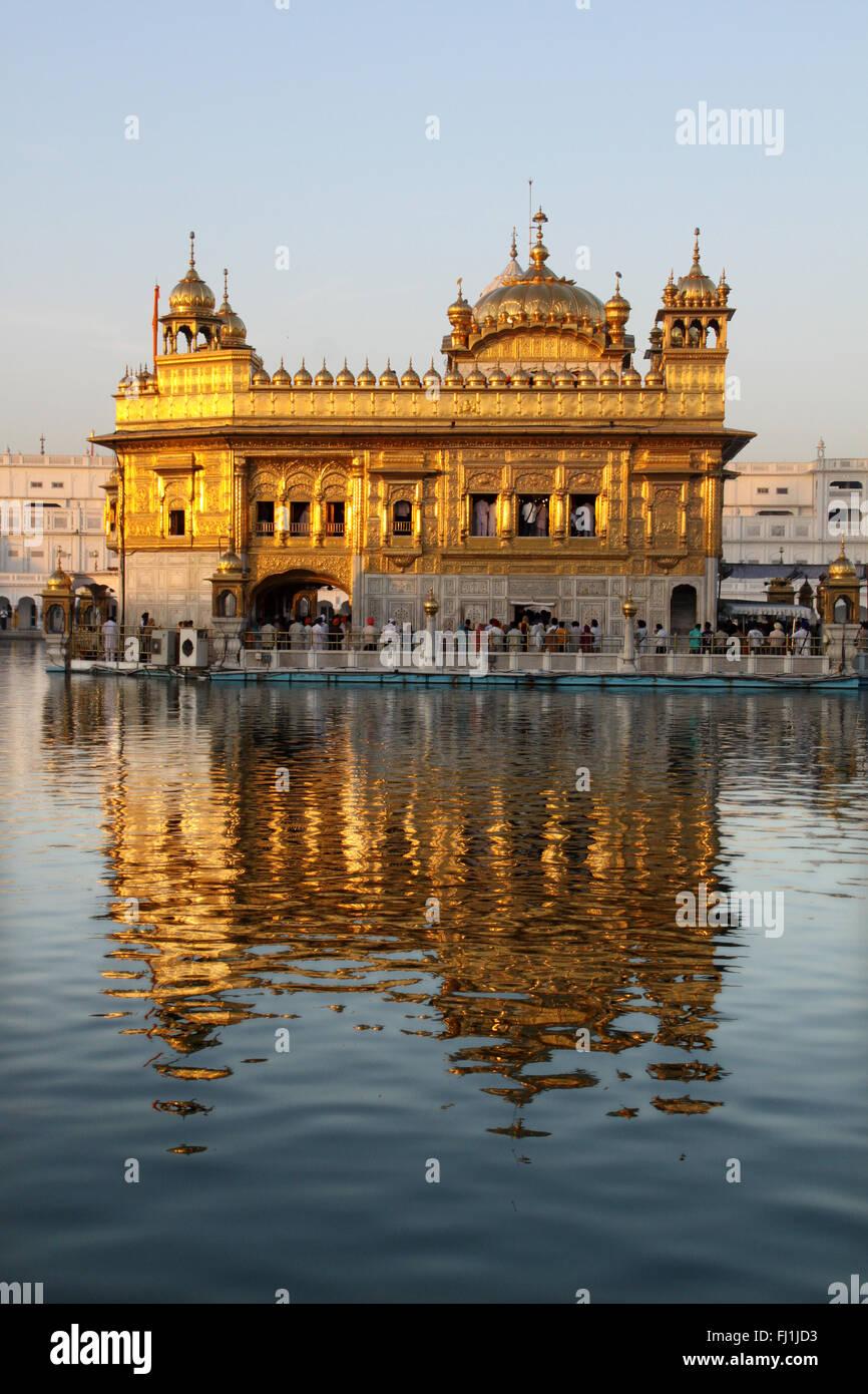 Sanctuaire d'or du Golden Temple, Amritsar, Inde Photo Stock