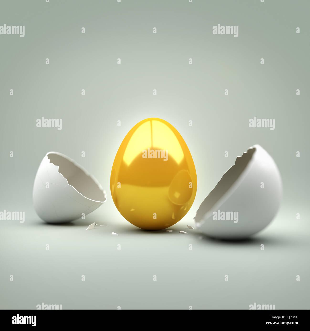 New Golden Egg. Un œuf craquelé révélant un nouvel œuf d'or. Concept. Photo Stock