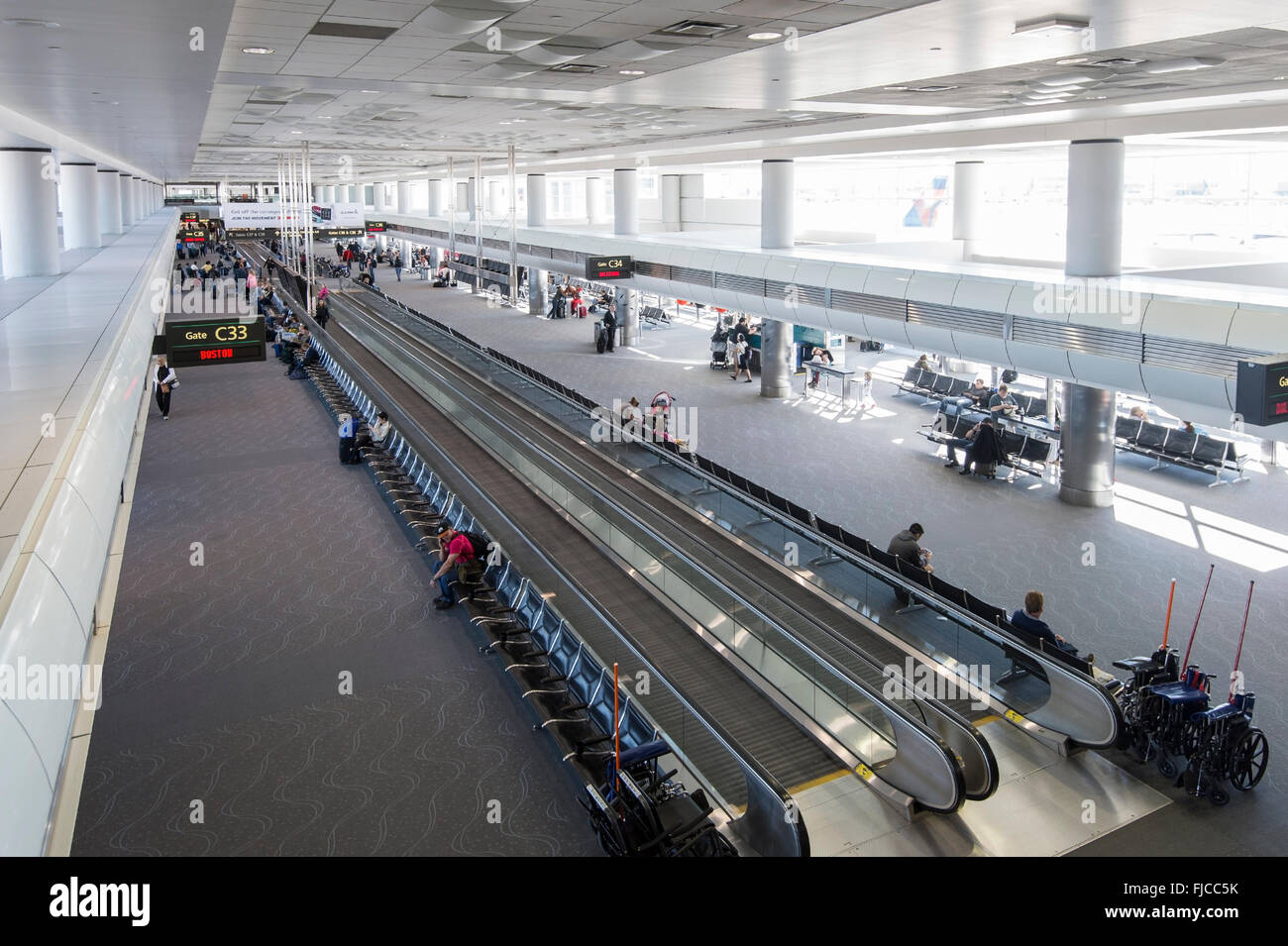 Trottoir roulant, l'aéroport de Denver, États-Unis Photo Stock