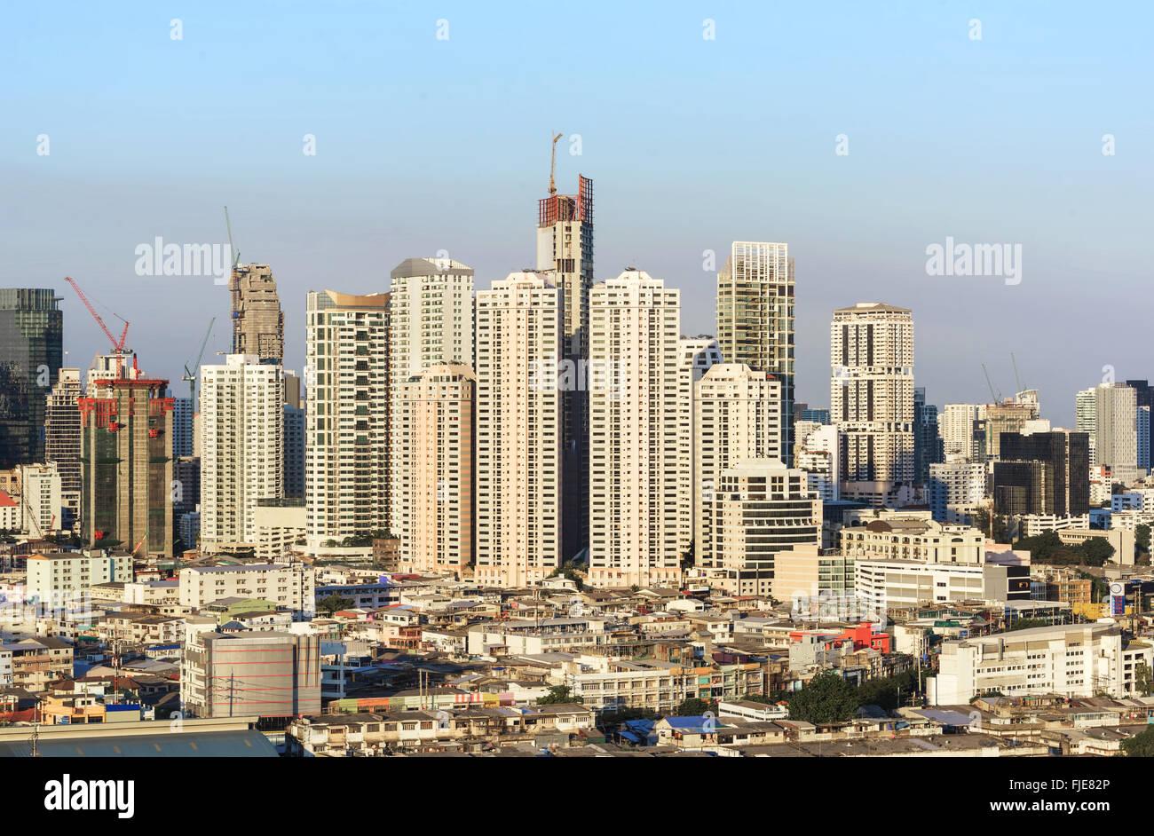 Les bâtiments modernes dans le centre de Bangkok Photo Stock