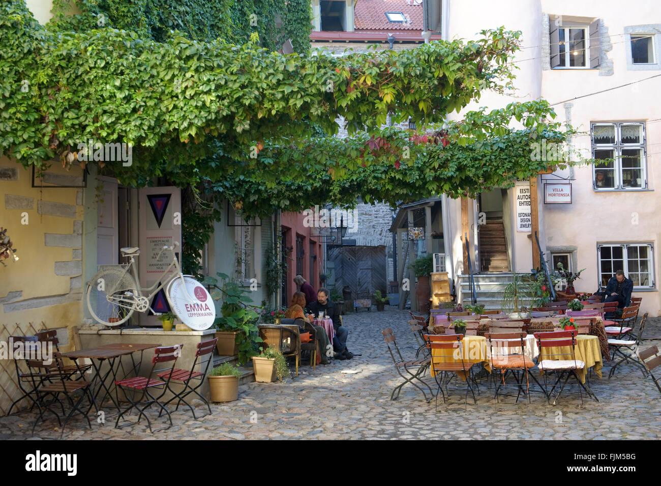 Géographie / billet, l'Estonie, Tallinn, gastronomie, café dans la vieille ville, à Additional Photo Stock