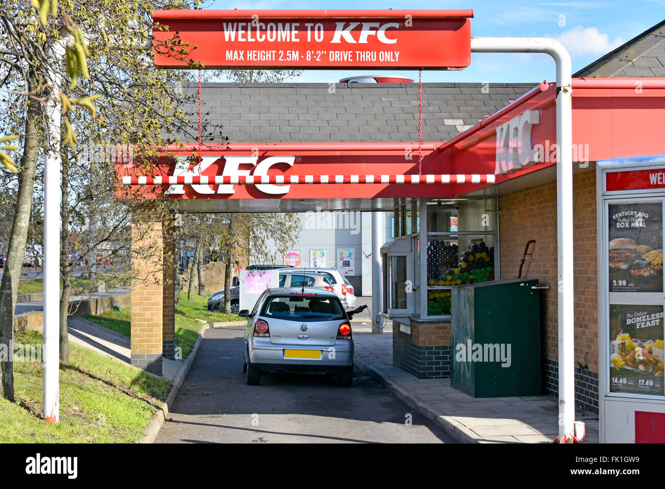 Carte Kfc Bretagne.Fast Food Kfc Drive Par Lane Avec Le Client Dans La Voiture A La