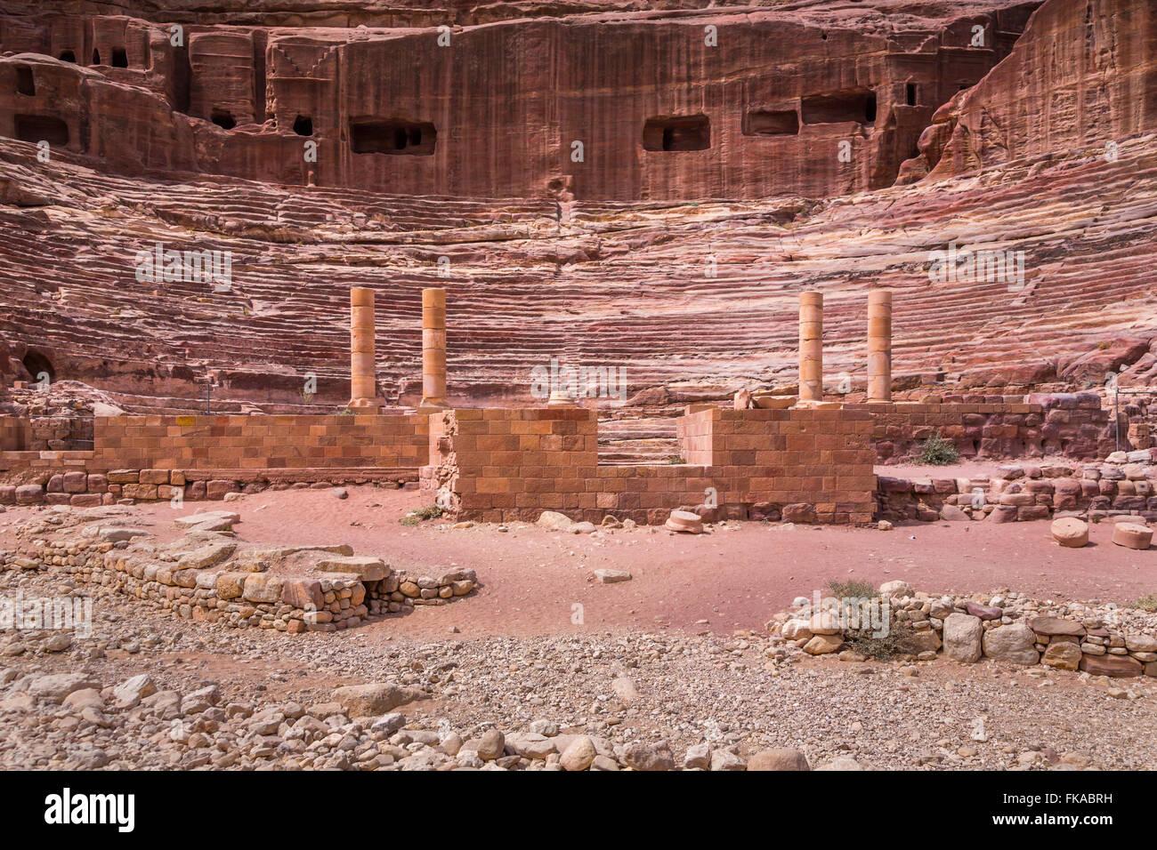 Le théâtre dans les ruines de Pétra, Royaume hachémite de Jordanie. Photo Stock