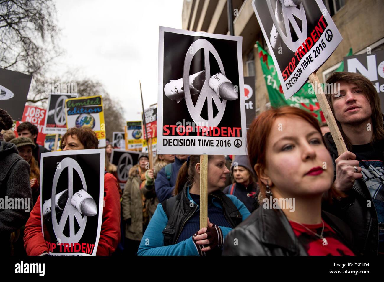 Anti-Trident manifestation à Londres, Royaume-Uni. Feb 27, 2016. Banque D'Images