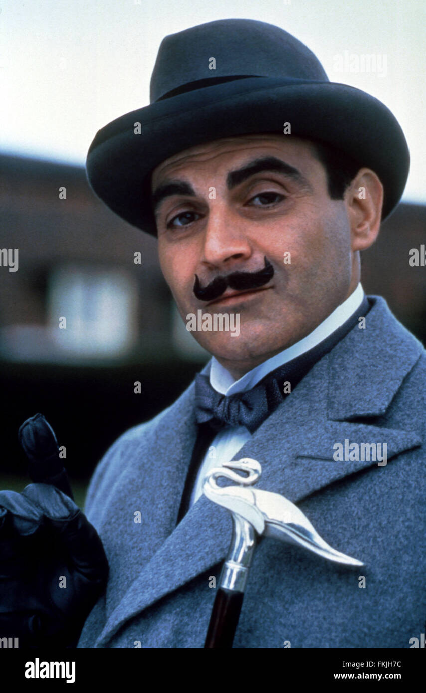 DAVID SUCHET PHOTO HERCULE POIROT 11X15 CM  # 1