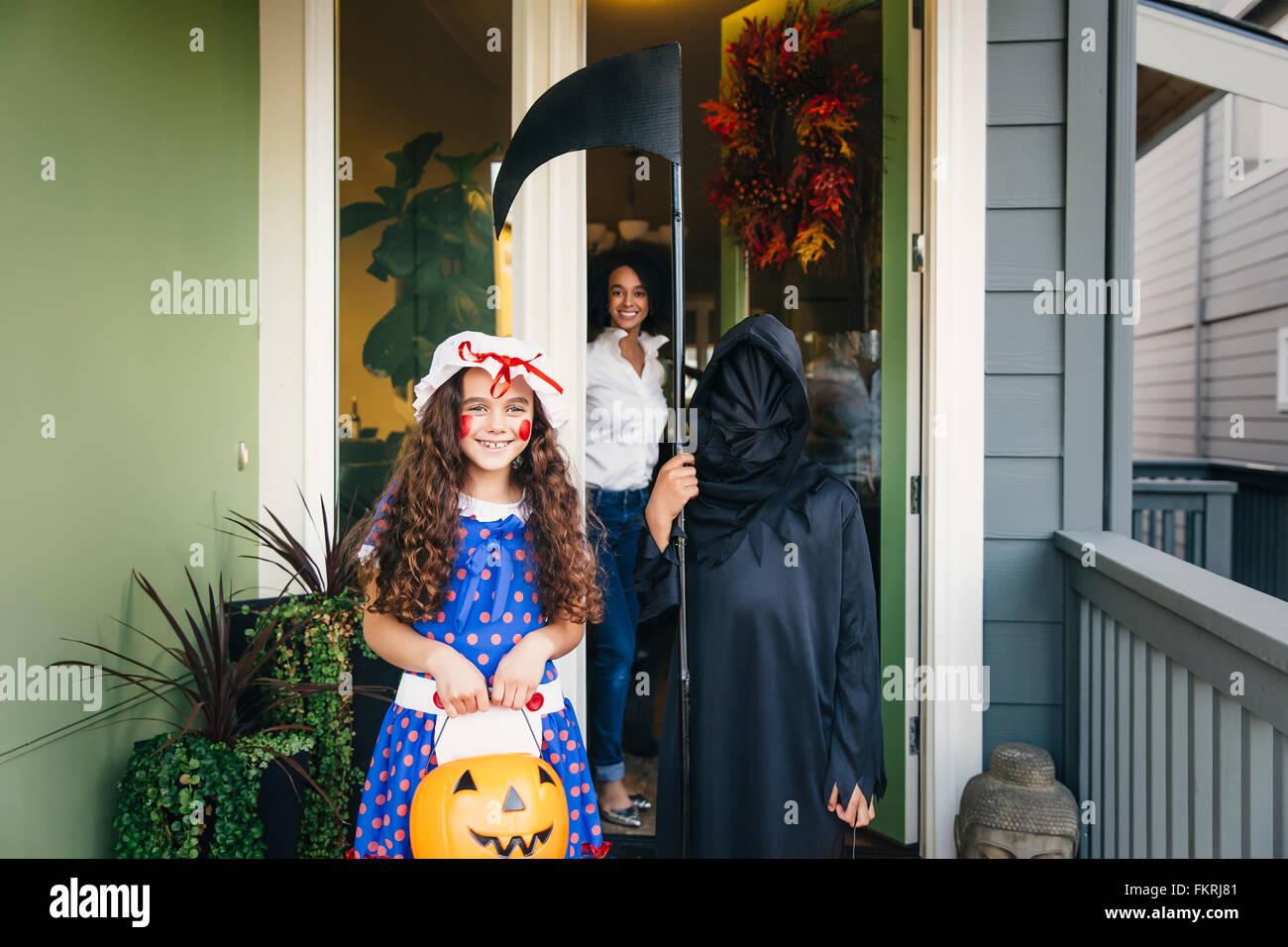 Les enfants l'halloween sur Halloween Banque D'Images