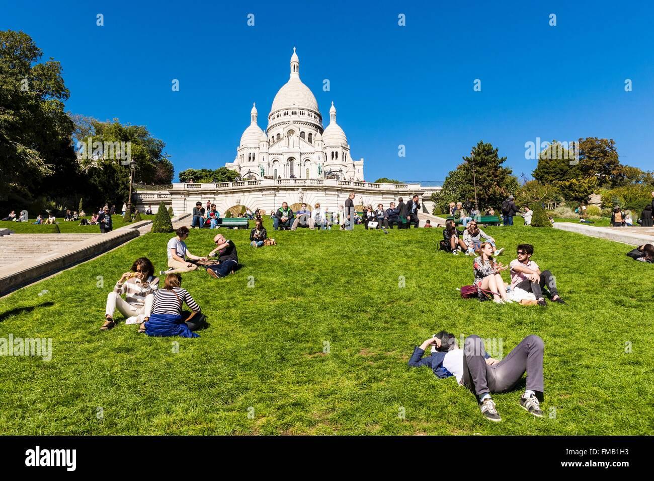 France, Paris, la colline de Montmartre et du Sacré-Cœur Photo Stock
